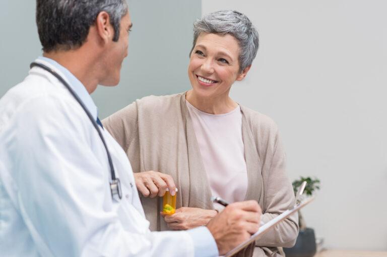 Esempio terapie epatite C: paziente è dal medico